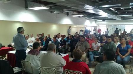 Vista desde el panel de la asistencia al Lanzamiento de la Plataforma. Colegio de Ingenieros, Caracas, 30/mayo